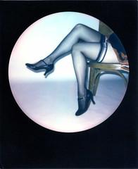 Une pause entre les poses. (JClomo) Tags: polaroid nude seethrough instantfilm impossible