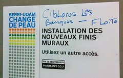 Floit ? (Exile on Ontario St) Tags: banques banks floit graffiti protest message montral mtro subway transit transport train metro montreal berriuqam travaux works construction berri uqam mtrodemontral montrealmetro walls wall crire written words ciblons cibler targeting target capitalism activism activisme fautes orthographe grammar typo typos