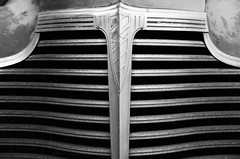 (Casey Lombardo) Tags: cars car oldcars oldcar rustycars vintagecar chevy chevrolet vintage jalopies jalopy vintagechevy vintagechevies vintagechevrolet metal junk deco bw bwphotography blackandwhite bwcars rusty rust rustneversleeps longbeach longbeachca grille grilles monochrome lines cargrilles cardetails