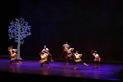 Hanoman Dance ala Bagong (Ragil Ticilius) Tags: canon indonesia dance bagong hanoman eos450d indonesiadance butetkertaradjasa selfportraitmanagement ragilticilius grahabhaktibudaya
