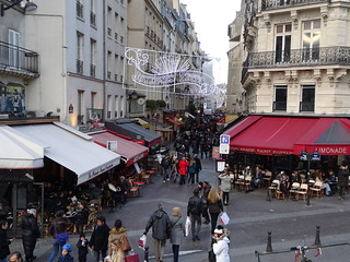 2014-12-06  Paris -  Pointe Saint-Eustache - Rue Montorgueil