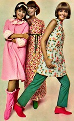 image3772 (ierdnall) Tags: love rock hippies vintage 60s retro 70s 1970 woodstock miniskirt rockstars 1960 bellbottoms 70sfashion vintagefashion retrofashion 60sfashion retroclothes
