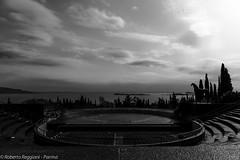 A poet's magnificence (ReoBerto) Tags: sky italy horse lake lago blackwhite garda amphitheatre arena poet anfiteatro paladino dannunzio gardone vittoriale