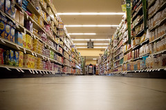 The forbidden aisle (Pics by Susanna) Tags: food shop shopping floor aisle grocerystore ratseyeview