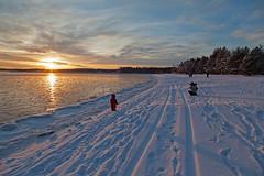 IMG_5446 (Byskan) Tags: winter sea coast vinter twilight december sweden baltic resort sverige lightshow hav kust havsbad byske bottenhavet ljusspel byskanse byskan