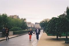 000022 (dodo prince) Tags: paris love film canon notredame  ql17