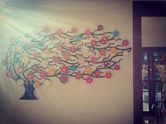 Vem sol.  Ilumina nossa rvore ao vento... #euamoartesanatomineiro #decorao #decorar #decoracao #decoraomineira #casa #artesanatomineiro #artesanato #artesanal #raiosdesol (fabriciabarcelos) Tags: casa artesanato artesanal decorao decoracao raiosdesol decorar artesanatomineiro decoraomineira euamoartesanatomineiro