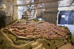Maqueta de Morella y su castillo (CarlosJ.R) Tags: espaa castillo castelln morella murallas