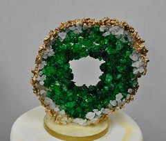 Geode (jennywenny) Tags: geode sugar cake topper green gold candy rock geology