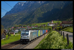 BLS Cargo 187 005, Silenen 30-04-2016 (Henk Zwoferink) Tags: cargo 005 bls 187 uri henk bombardier traxx zwitserland gotthard 485 silenen br187 railpool zwoferink flexpannel