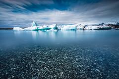Blue Lagoon @Jkulsrln (Benjamin MOUROT) Tags: iceland islande north northernlight viking canon 70d longexposure leefilter polarised lightroom6 photoshopcs3 1022mm landscape paysage poselongue europe july nisi blue lagoon jokulsarlon ice glaon glacier sky pov