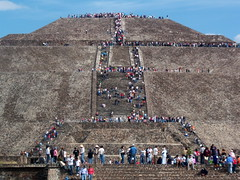 Pyramid of the Sun, Teotihuacn, Mexico (asitrac) Tags: asitrac americas amriques archeology archologie mesoamerican mexico mexique northamerica pyramidofthesun teotihuacn travel archaeology philosophyreligions spectacular scenery grandiose teotihuacan aztec chicomoztoc mx