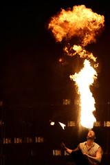 Crpuscule - Raviver les braises (Benoit Z Leroux) Tags: cirque circus qubec quebec agoradequbeccrpuscule flipfabrique show spectacle valaire misteurvalaire jongleur feux juggling firejuggling