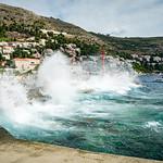 Crushing Waves thumbnail