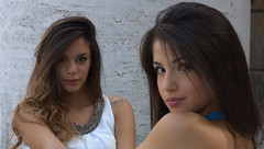 Alessia e Camilla (_Cogito Ergo Sum_) Tags: portrait ritratto bellissima beautiful bella beauty carina nice face viso labbra lips occhi eyes capelli hair modella model italiana italian mora brunette sensual