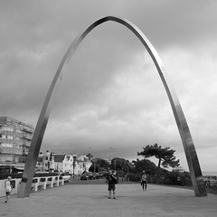 #70/100 - Step Short Arch (Rum Bucolic Ape) Tags: folkestone theleas commemoration stepshort arch steel wwi worldwari lestweforget