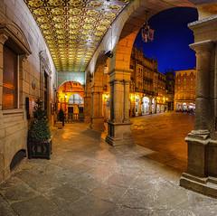 Plaza Mayor de Orense (puma3023) Tags: plaza mayor orense espaa galicia arquitectura arco azul portico ourense digital camera club