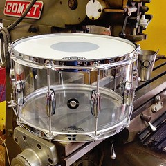 """Can't believe I forgot to post this the other day. 1/4"""" seamless acrylic snare 8X14. Another awesome snare you can find at @chicago_drum_exchange #qdrumco #acrylic #snaredrum"""