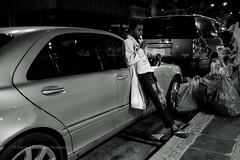 Spoon (FarCorner) Tags: life street boy people white black cold car night trash bag photography candid poor spoon plastic saudi arabia photowalk vehicle jeddah curb photowalkjeddahsaudiarabiastreetlifealhamraadistricthomecarvehicleboyspoonpeoplehangout