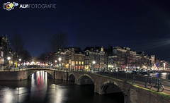 Herengracht Amsterdam Night (alvifotografie) Tags: city bridge trees history water amsterdam canon evening living boat canal europe iamsterdam ship nacht streetlights nat historical autos brug province fietsen keizersgracht 020 herengracht manfrotto noordholland nachtfotografie rembrandtplein geschiedenis schip leidsegracht canalhouses varen grachtenpanden northholland canonphotography hoofdstad canon1740mm magazijnen mokkum straatverlichting canon6d canonfotograaf zzapback zzapbacknl amsterdamchallenge alvifotografie alviphotography herengrachtnight mokkummagazine