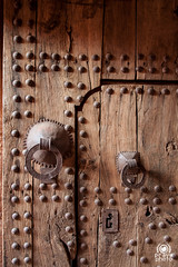 Porta d'ingresso (andrea.prave) Tags: door fort unesco morocco maroc porta marocco archeology ouarzazate cittadella ksar ingresso portone antiquity kasbah antichit antiquit arqueologa archologie  archeologia aitbenhaddou antigedad  atbenhaddou almamlaka     visitmorocco almaghribiyya asifounila  tourdelmarocco