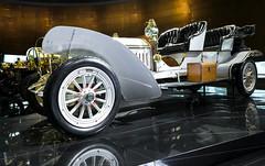 STU-0333.jpg (m.dehnell) Tags: mercedes automobile stuttgart autos 2014 fahrzeuge museen mercedesmuseum automuseen