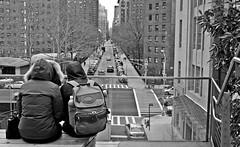 Pareja (Campanero Rumbero) Tags: street city trip travel winter usa newyork cold monocromo calle couple day pareja ciudad dia bn invierno turismo frio