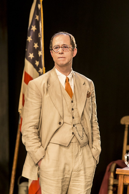 Daniel Betts (Atticus Finch) 2. Photo Johan Persson