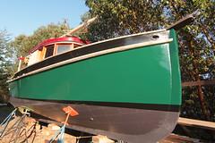 IMG_7490 - Port Hadlock WA - MV BLUE STAR - painting nearly complete (BlackShoe1) Tags: boat washington wash wa tugboat woodenboat washingtonstate bluestar sprague porthadlock woodboat porthadlockwa accumar scottsprague mvbluestar accumarcorp scottspraguedesign