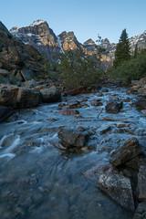 Moraine's Drain ... (ken.krach (kjkmep)) Tags: lakemoraine banffnationalpark