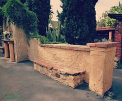 Old bench in Spanish Mission (California) (France-) Tags: 414 californie usa banc bench old missionsaintgabriel cactus etatsunis amrique missionespagnole