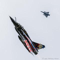 Ramex duo (DrAnthony88) Tags: armeedelair escadrillelafayette mirage2000n modernmilitary nikkor200400f4gvrii nikond810 raffairford riat2016 ramexdeltatacticaldisplay royalinternationalairtattoo specialscheme aircraft
