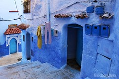 Streets of Chefchaouen (Photographing_The_World) Tags: morocco marokk travel travelphotography arabic africa muslimcountry culture wanderlust explore people northafrica moroccan moroccanculture moroccancolors moroccancolours moroccanpeople africanpeople discovermorocco exploremorocco marrakesh marrakech fes fez agadir asilah essaouira merzouga sahara maroc chefchaouen colors travelphotos arabicculture arabicpeople travelblog muslimpeople muslimculture diversity multicultural locals locallife moroccanlifestyle moroccanlife arabicdoor arabivdoors moroccandoor moroccandoors doorway entrance enticingentrance blue bluewall bluefacade blu bluedoor bluedoors medina chefchaouenmedina bluecity