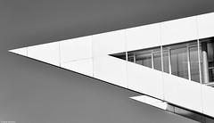 Hamburg Nordakademie 10 b&w (rainerneumann831) Tags: hamburg architecture abstrakt minimalistisch blackwhite nordakademie