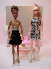 I have been looking for this Fashion 2-pack for ages. and Tracy found them on Amazon for a great price! (wpnschick) Tags: mattelfashion2pack barbie tnt mtm francie