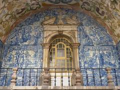 bidos - City gate, azulejos (fb81) Tags: portugal bidos medieval village city gate azulejos ceramic tile blue