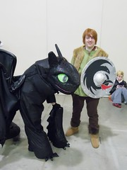 Toothless and Hiccup (magnet_terp) Tags: vacation cosplay conventions toothless hiccup katsucon nationalharbor gaylordnationalharbor howtotrainyourdragon katsucon2015 katsucon21