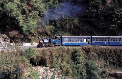 782  Kurseong  03.04.96 (w. + h. brutzer) Tags: analog train nikon indian eisenbahn railway zug trains steam locomotive darjeeling indien dampflok lokomotive kurseong eisenbahnen schmalspurbahnen schmalspurbahn dampfloks webru