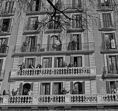 A Day In The Life In Barcelona (Dabhaidh Harris) Tags: barcelona windows people blackandwhite white black building blancoynegro blanco work graffiti blackwhite trabajo mural branch doors balcony negro edificio ventanas catalunya balcon blanc rama negre cataluña genre empresas businesses portas blancinegre davidharris daveharris daveharris75hotmailcom daveharris75gmailcom daveharris75 dabhaidhharris