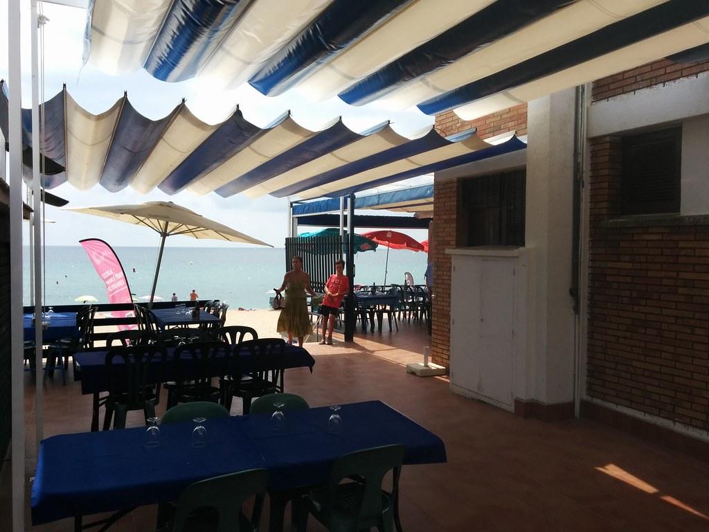 The world 39 s best photos of ondas and para flickr hive mind - Toldos terrazas bares ...