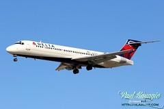 N607AT (PHLAIRLINE.COM) Tags: 2000 flight delta airline planes philly boeing airlines phl spotting bizjet generalaviation spotter philadelphiainternationalairport kphl 717231 n607at