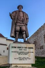 Vasco da Gama (_Rjc9666_) Tags: street portugal monument statue bronze monumento setbal 100 909 alentejo sines 757 155 195 urbanphotography 1053 491 636 462 597 tokina1224dx2 nikond5100 ruijorge9666