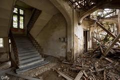 Real decay (Guilty Official) Tags: abandoned trash nikon mud decay forgotten van rotten chateau past stef klooster guilty kasteel mesen verlaten kwinten vervallen d7100