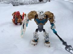 Kopaka and Tahu (Robin Brick Creations) Tags: snow lego bionicle tahu kopaka