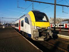 AM 08164 in Dendermonde (TrainzDr3ver) Tags: station train gare siemens zug ml trein omnibus dendermonde nmbs stoptrein ms08 sncb desiro termonde am08 mr08