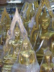 Bangkok, Thailand (2010) (Sasha India) Tags: travel thailand asia bangkok 旅行 泰國 曼谷 여행 タイ سفر путешествия バンコク ประเทศไทย תאילנד 태국 путешествие בנגקוק мандри 방콕 กรุงเทพมหานคร بانكوك ব্যাংকক تايلاند бангкок подорожі تایلند азия यात्रा بانکوک பயண ভ্রমণ थाईलैंड தாய்லாந்து การท่องเที่ยว אַרומפאָרן बैंकाक থাইল্যান্ড реальныйбангкок לִנְסוֹעַ באַנגקאָק טיילאַנד பாங்காக்