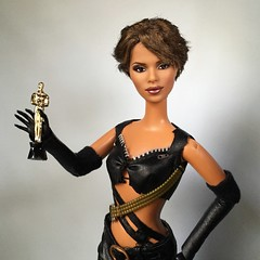 Halle Birthday! (Richard Zimmons) Tags: jamesbond jinks collector 2004 catwoman mattel barbie doll halleberry
