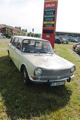 Simca 1501 (xwattez) Tags: auto old france car french automobile parking voiture transports ancienne simca 2015 franaise 1501 vhicule rassemblement launaguet simplymarket