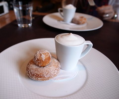 Coffee and Doughnuts Cinnamon-Sugared Brioche Doughnuts with Cappuccino Semifreddo (slowpoke_taiwan) Tags: sf nyc newyorkcity columbus usa ny newyork kitchen coffee circle menu french dessert lunch se restaurant with manhattan cinnamon fine ses dining tasting guide cappuccino columbuscircle doughnuts per michelin brioche hellskitchen finedining  hells  sugared  2014 perse semifreddo  midtownwest  michelin3star michelinguide oct31 threestars  perserestaurant    3michelinstars fivecourse desserttasting  dessertset  desserttastingmenu oct2014 newyorkcity2014 oct312014   persesfivecoursedesserttasting cinnamonsugared