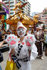 Smily Fox - Kanda Matsuri 2015 (Apricot Cafe) Tags: holiday japan weekend performance parade matsuri chiyodaku mikoshi traditionalfestival tokyo東京 tōkyōto canonef1635mmf28liiusm portableshrineお神輿 ochanomizu御茶ノ水 kandamyojin神田明神 kandamatsurifestival神田祭 img613181